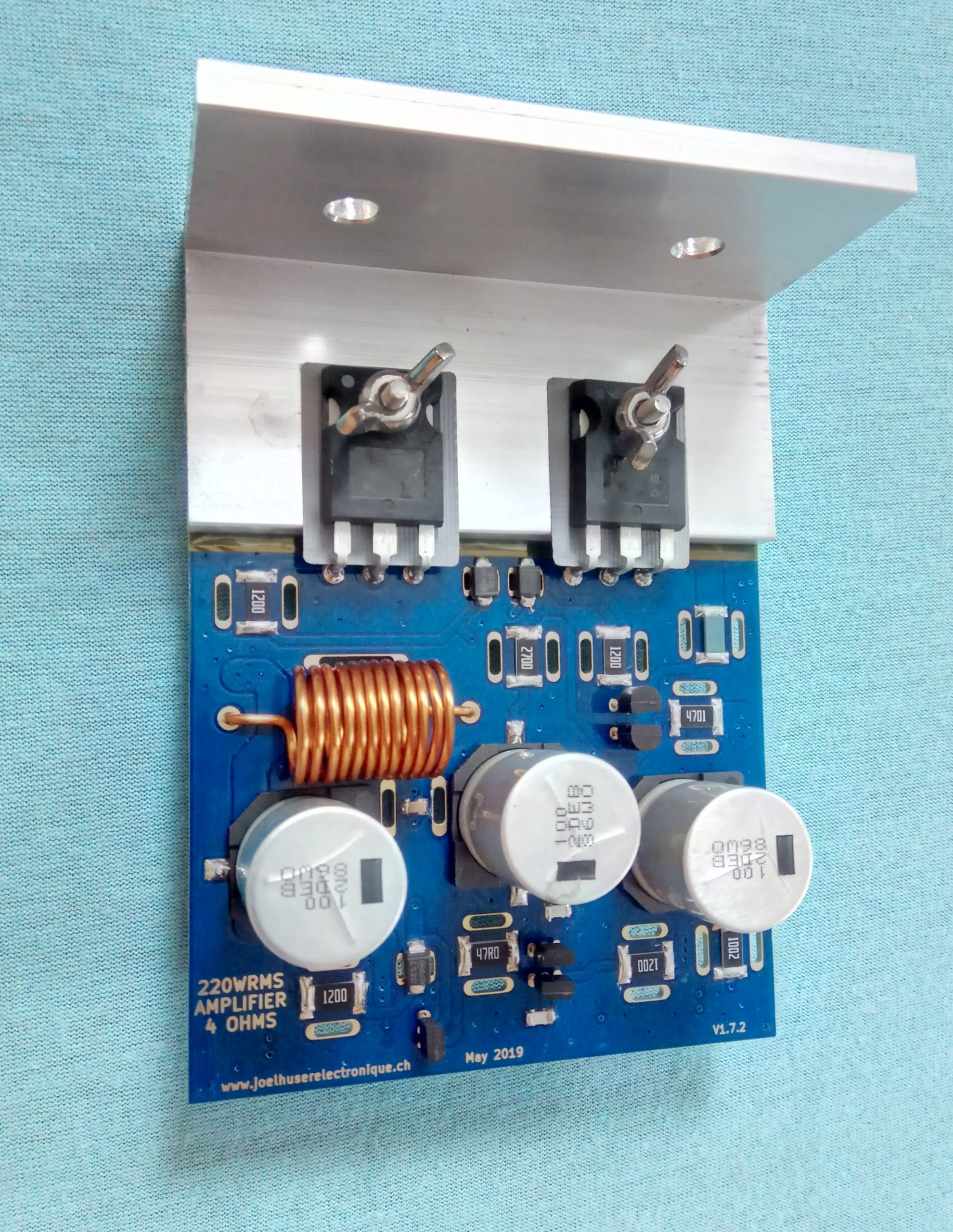 Measured 242WRMS on a 4 Ohms load audio amplifier core